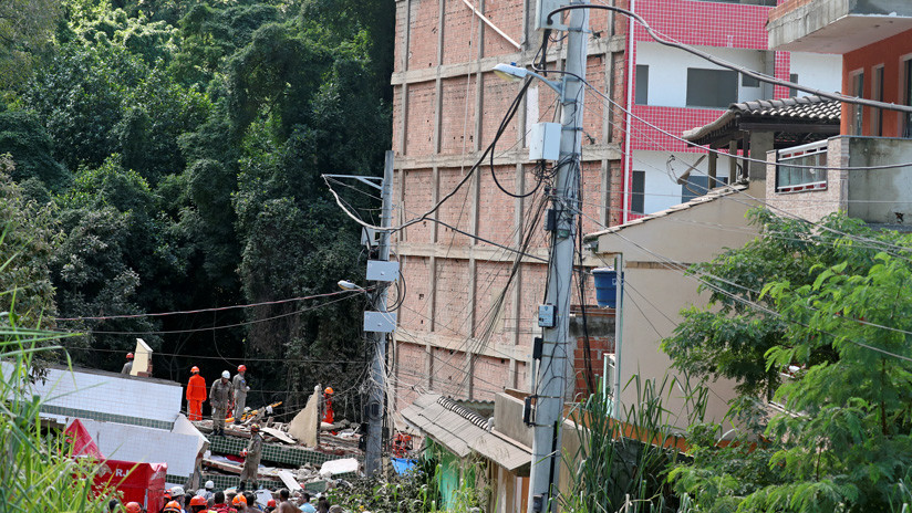 Se derrumbaron dos edificios en Río: hay al menos dos muertos