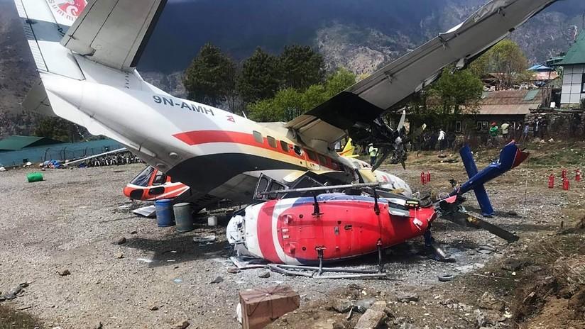 Un avión colisiona con un helicóptero en Nepal dejando 3 muertos — FOTOS