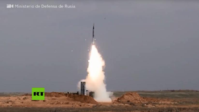 "VIDEO: Sistemas S-300 rusos repelen un ""ataque masivo con misiles"" de un enemigo durante simulacros militares"