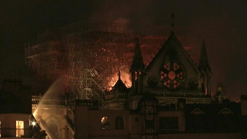 Impactante imagen: Publican fotografía aérea donde se observa a Notre Dame en llamas