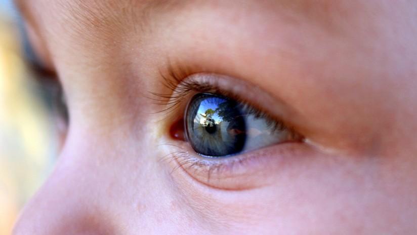 EE.UU.: Detectan 10 tumores en el ojo de una niña de 2 años (FOTOS)