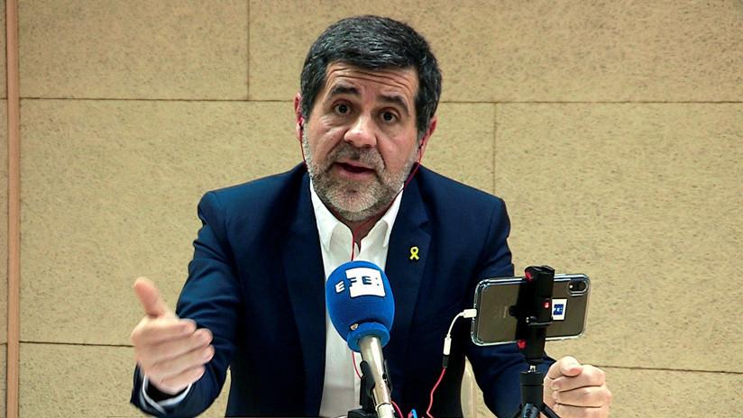 Uno de los políticos catalanes presos ofrece una rueda de prensa electoral desde la cárcel