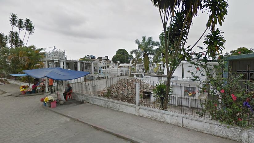 Desentierran a un hombre que llevaba 9 días muerto tras oírlo 'gritar' en su tumba