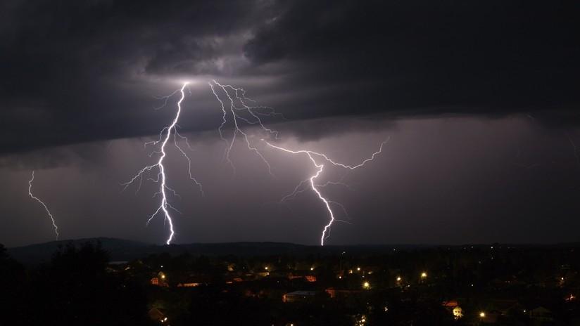 Científicos descubren por qué los rayos suelen caer dos veces en el mismo lugar