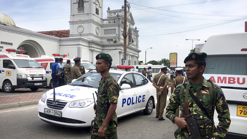 FOTOS: El impactante 'antes y después' de una de las iglesias cristianas sacudida por explosiones en Sri Lanka