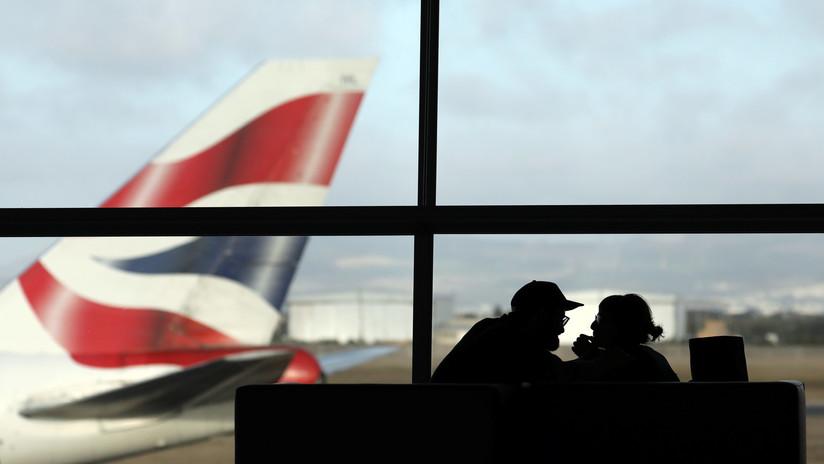 Reino Unido: Aerolíneas podrían empezar a pesar a los pasajeros para administrar mejor el combustible