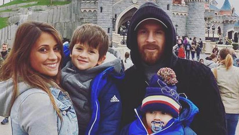 Publican una tierna foto de Messi con su actual esposa Antonella tomada cuando eran pequeños
