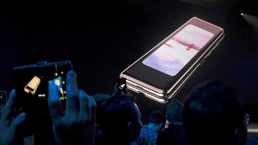 Samsung pospuso el lanzamiento de su teléfono plegable: grietas y mal funcionamiento