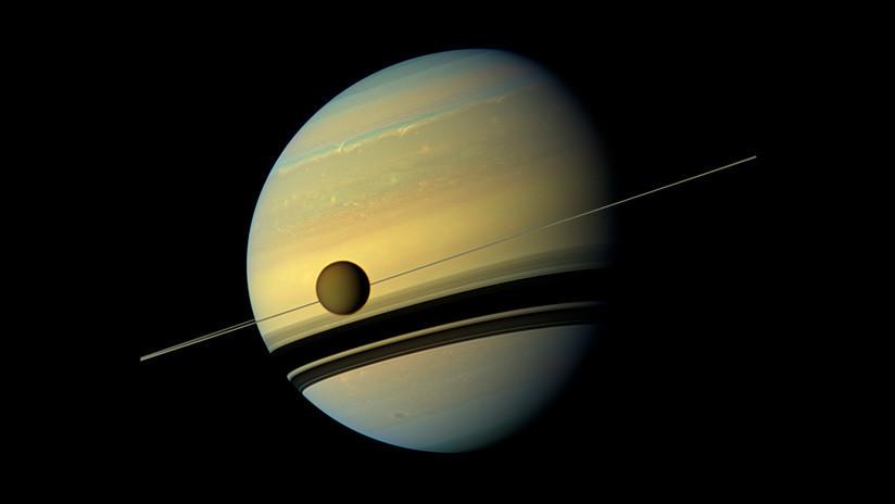 Las 'sorpresas' que esconden los lagos de metano de Titán, la mayor luna de Saturno