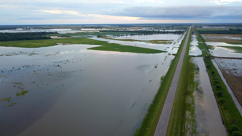 Dos muertos y 5.400 evacuados por inundaciones en el noreste argentino