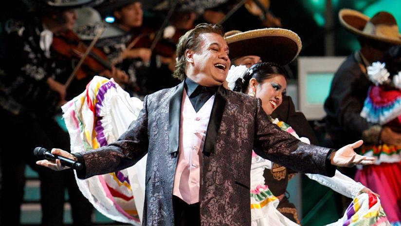 """López Obrador habla de la 'resurrección' de Juan Gabriel: """"Vamos a dar como hecho que vive por sus canciones"""""""