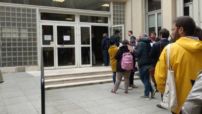 Rogar el voto: Las dificultades y las frustraciones de los electores españoles que viven en el exterior