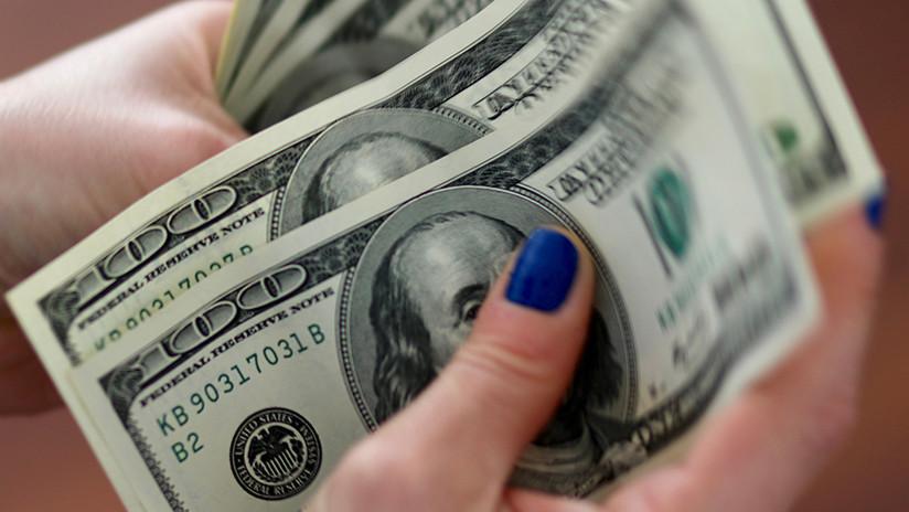 El dólar vuelve a subir en Argentina y alcanza los 44,92 pesos
