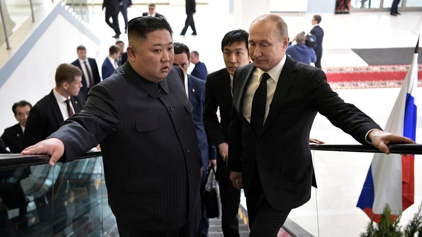 VIDEO: ¿Qué se decían Putin y Kim en su paseo camino de la cumbre?