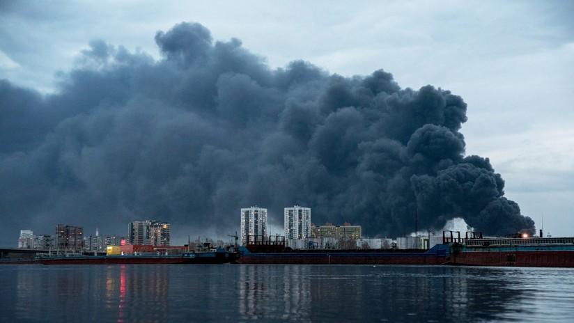 VIDEO: Fuerte incendio en el almacén del mayor complejo de la industria de defensa en Rusia