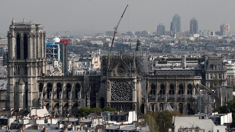 Abejas y verduras en el tejado de Notre Dame: un estudio de arquitectura propone una innovadora restauración de la catedral