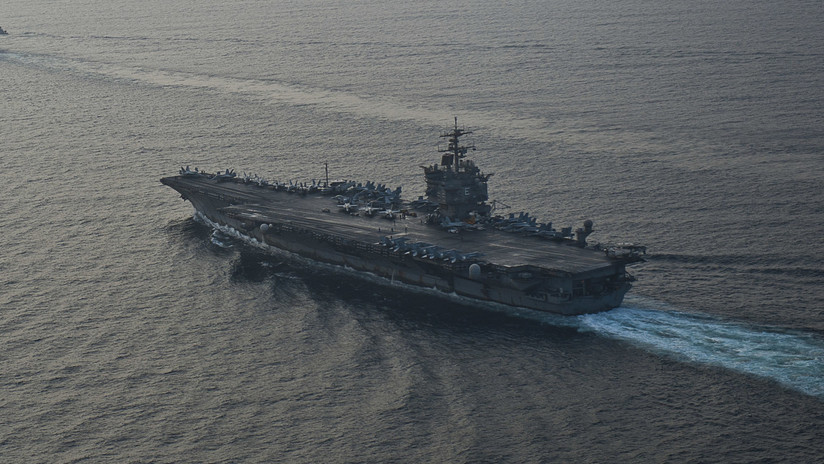 VIDEO: Dron iraní graba a corta distancia a un portaviones de EE.UU. en el golfo Pérsico