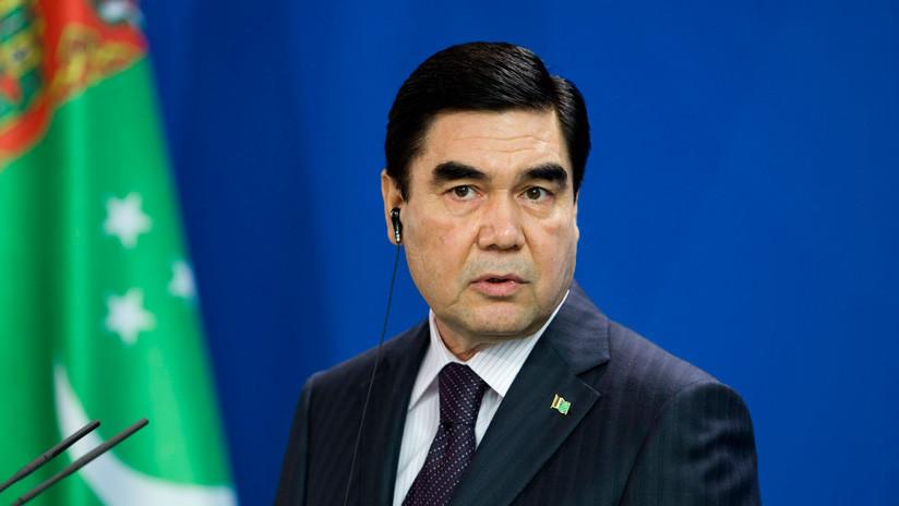 VIDEO: El presidente de Turkmenistán dedica un rap a su caballo