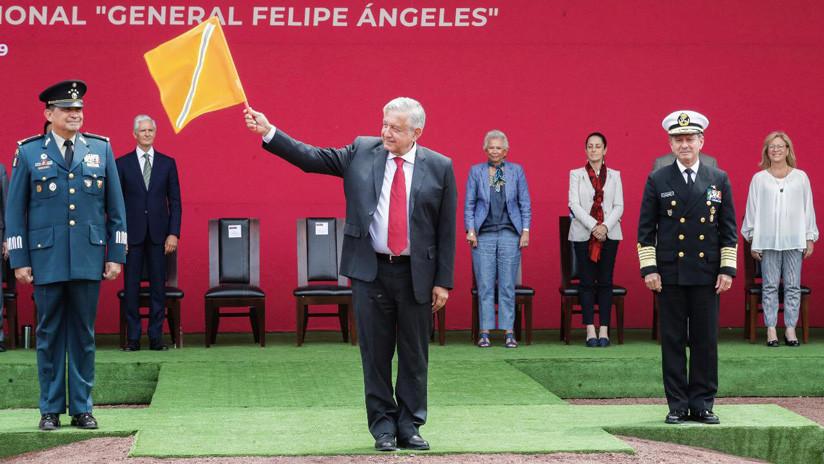 """López Obrador da luz verde a los """"estudios técnicos"""" para el polémico aeropuerto de Santa Lucía"""