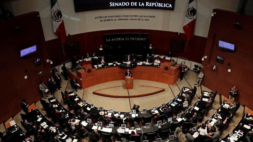 La reforma educativa avanza en México con su aprobación en las comisiones del Senado