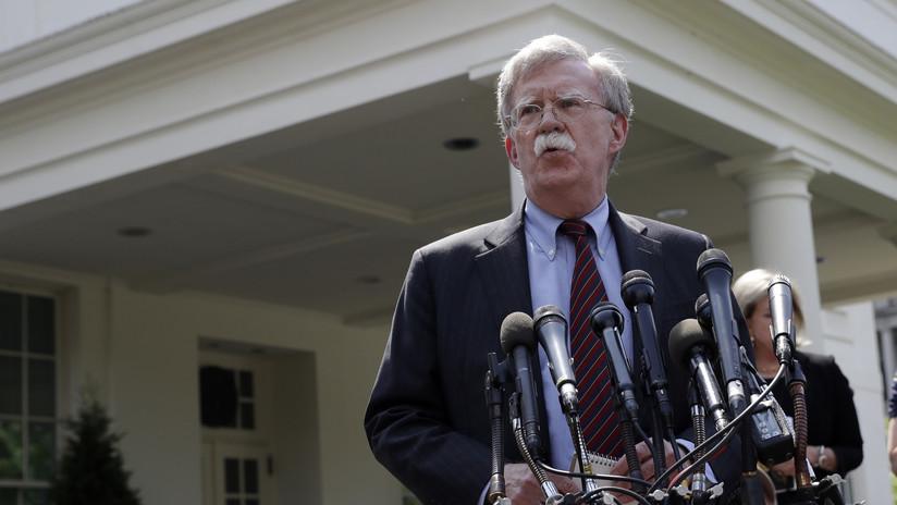 """John Bolton llama a un """"cambio de régimen"""" en Venezuela"""