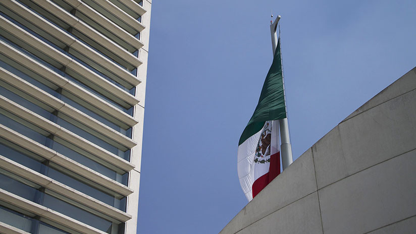 Senado mexicano aprueba en lo general la reforma educativa