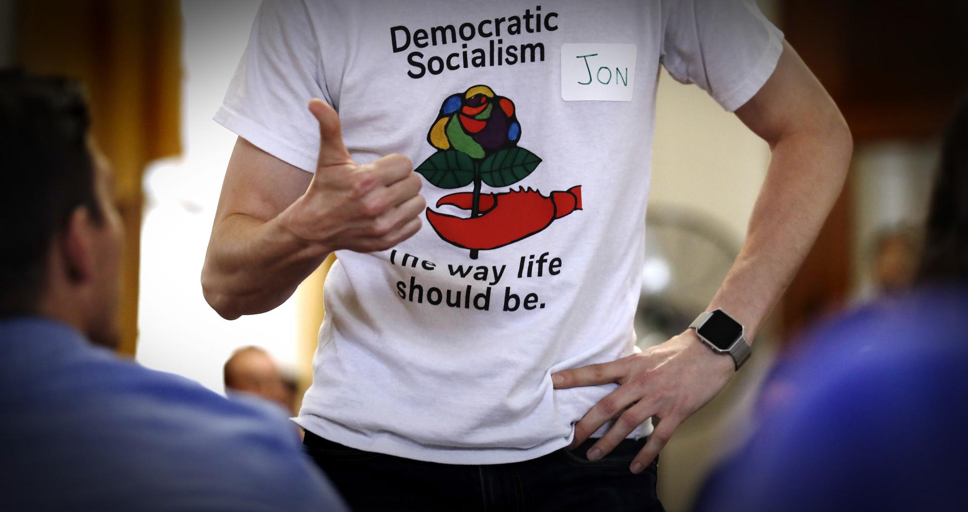 ¿Por qué los jóvenes estadounidenses se inclinan hacia el socialismo y en qué futuro creen?