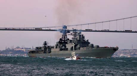 El destructor ruso Severomorsk en el estrecho del Bósforo, el 9 de enero de 2019.