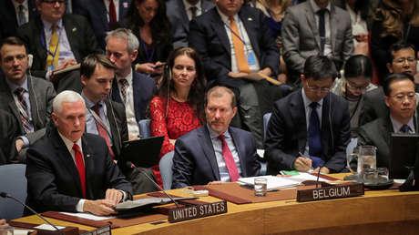 Mike Pence (I), vicepresidente de EE.UU., ante el Consejo de Seguridad de la ONU. 10 de abril de 2019.