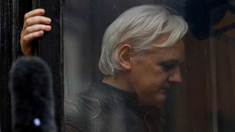 Julian Assange en la Embajada de Ecuador en Londres, Reino Unido, 19 de mayo de 2017