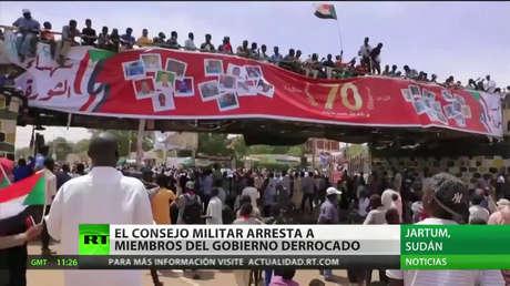 El Consejo Militar de Sudán arresta a miembros del Gobierno derrocado
