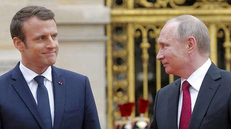 El presidente francés, Emmanuel Macron, y su homólogo ruso, Vladímir Putin, durante una reunión en el Palacio de Versalles, Francia, el 29 de mayo de 2017.
