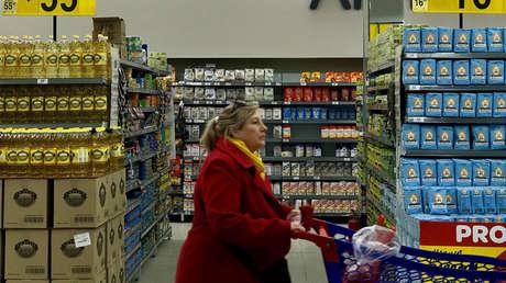 Una mujer en un supermercado de Buenos Aires (Argentina), el 31 de agosto del 2018.