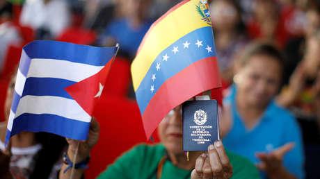 Manifestación de partidarios de Nicolás Maduro frente al palacio de Miraflores, Caracas, el 26 de enero de 2019.