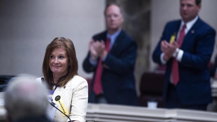 EE.UU.: Aprueban un proyecto de ley en Alabama que castigará el aborto con hasta 99 años de prisión