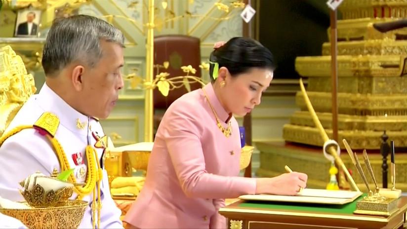FOTOS: El rey de Tailandia se casa sorpresivamente 3 días antes de su coronación