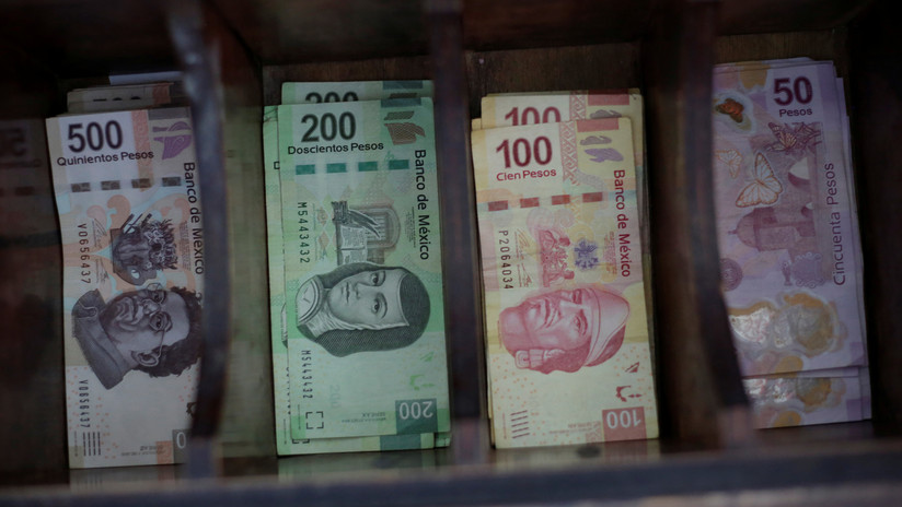 López Obrador presenta su Plan Nacional de Desarrollo tras una ligera contracción de la economía