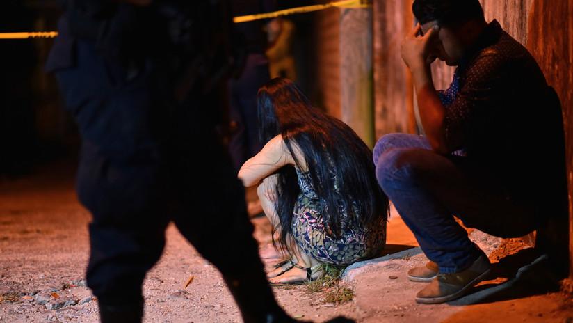 Civiles armados y policías se enfrentan en Minatitlán