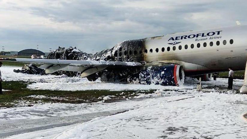 Los pasajeros del avión ruso incendiado fueron evacuados más rápido de lo que establecen las normas