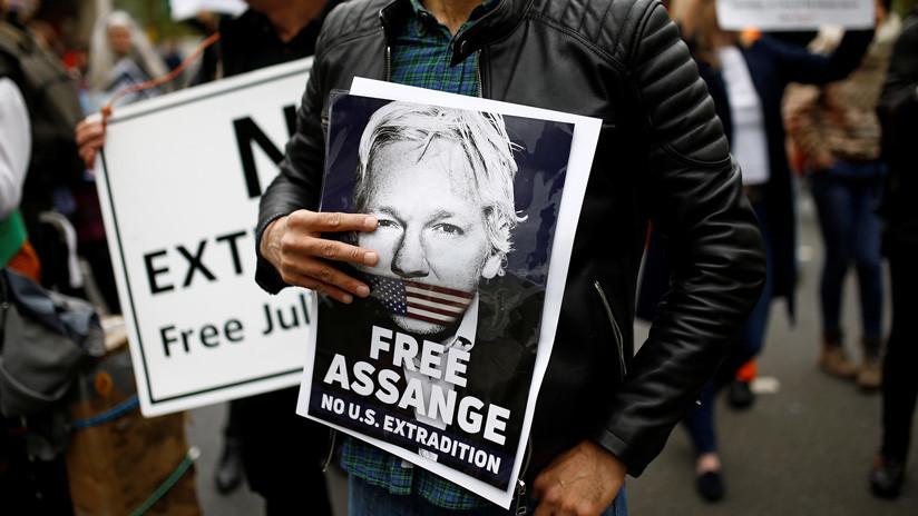 40 correos y un pedido de 3 millones de euros: Así fue la extorsión a Julian Assange desde España
