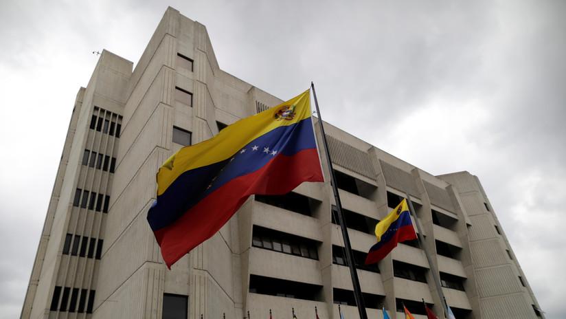 Tribunal Supremo de Venezuela ordena someter a juicio a otros tres diputados por traición a la patria