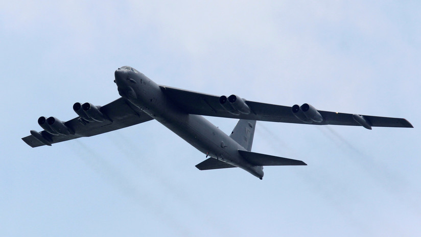"""VIDEO: Los B-52 parten de EE.UU. con destino a Oriente Medio para contrarrestar la supuesta """"amenaza creíble"""" de Irán"""