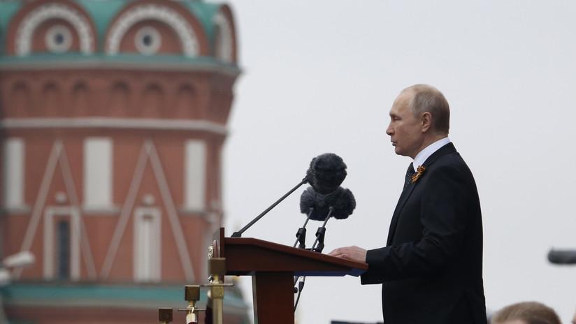 """Putin: """"Tras la pérfida invasión del enemigo, hubo derrotas, retiradas y grandes pérdidas, pero esto no doblegó a Rusia"""""""