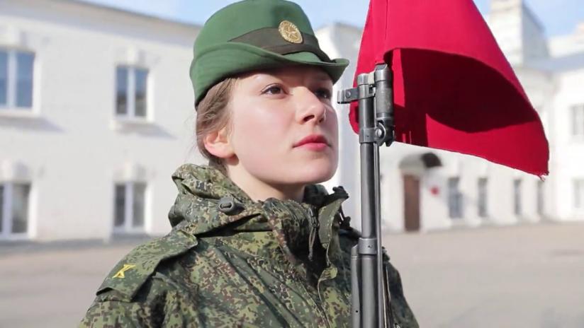 Cadetes rusas cuentan cómo se prepararon para el gran desfile del Día de la Victoria y revelan su arma secreta