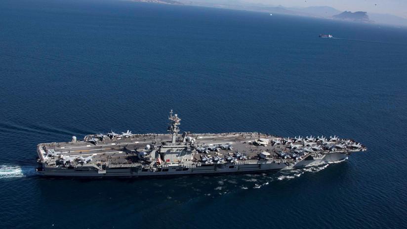 """El portaviones USS Abraham Lincoln pasa por el canal de Suez para """"enviar un mensaje claro a Irán"""""""