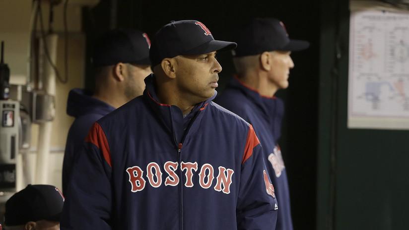 Mánager puertorriqueño de los Red Sox de Boston cancela visita a la Casa Blanca por la poca ayuda de Washington en su isla