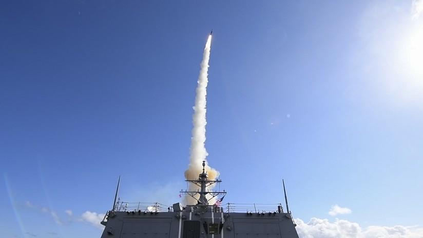 FOTO, VIDEO: EE.UU. realiza el lanzamiento de un misil antibalístico durante los ejercicios de la OTAN en el Atlántico