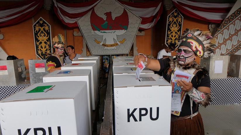Indonesia da a conocer las causas de muerte de los más de 500 funcionarios durante el cómputo de votos en las elecciones