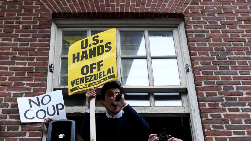 Tensión en la Embajada de Venezuela en Washington tras el intento de desalojo de los activistas (VIDEO)