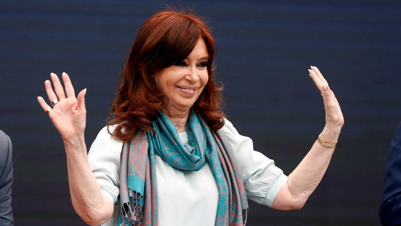 """Cristina Kirchner pide a la oposición armar una """"coalición amplia"""" de cara a las elecciones en Argentina"""